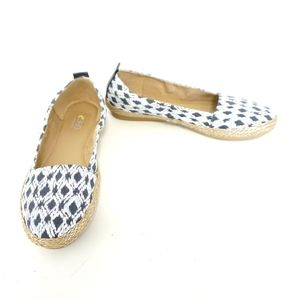 Easy Spirit Blue White Aztec Espadrille Slip on